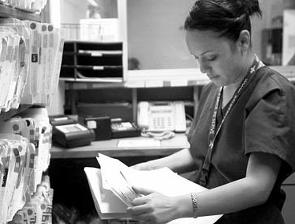 Auxiliar de Estadísticas de Salud y Registros Médicos